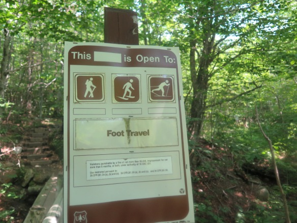 Trail sign - Open to hiking/skiing/cross country skiing